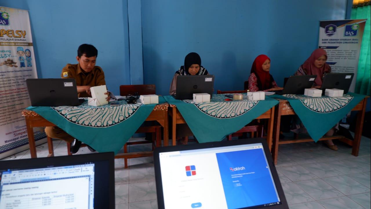 akirah- SMK Pesantren Ciwaringin Cirebon